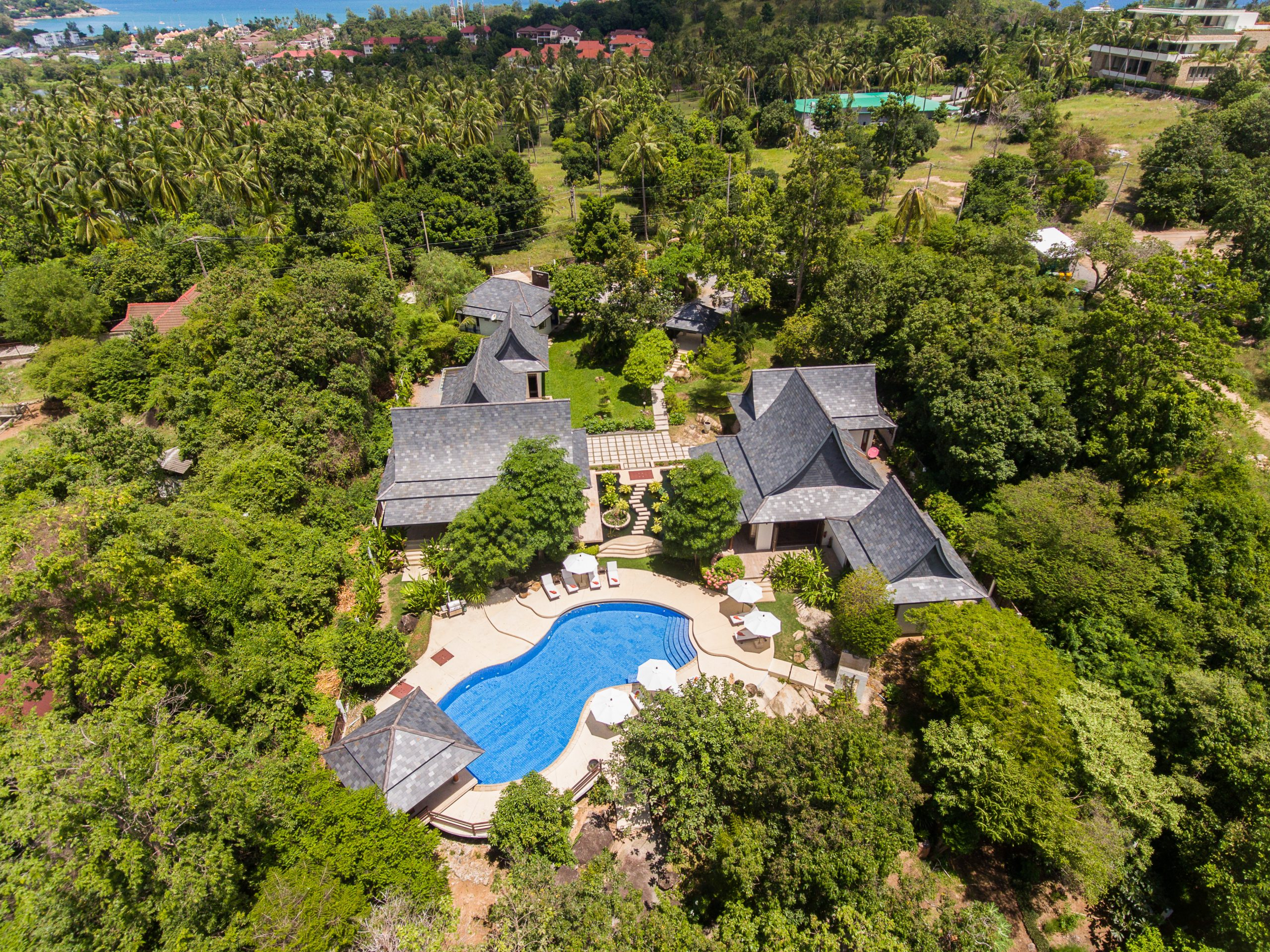 Large-Luxury-Villa-Samui-For-Sale